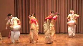 INDIAN FOLK DANCES - BIHU FROM ASSAM -21 danceofindia.org@gmail.com