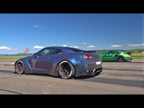 Liberty Walk Nissan GT-R R35 vs 1200HP Porsche 9ff Turbo R