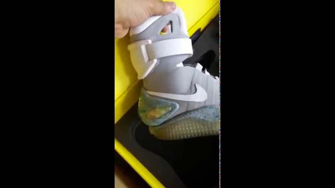 USED - LIMITED EDITION 2011 NIKE AIR MAG SIZE 9 BACK FUTURE MCFLY AIR SHOES