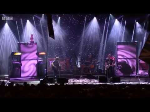 Ryan Adams - Come Pick Me Up (Glastonbury Festival 2015)