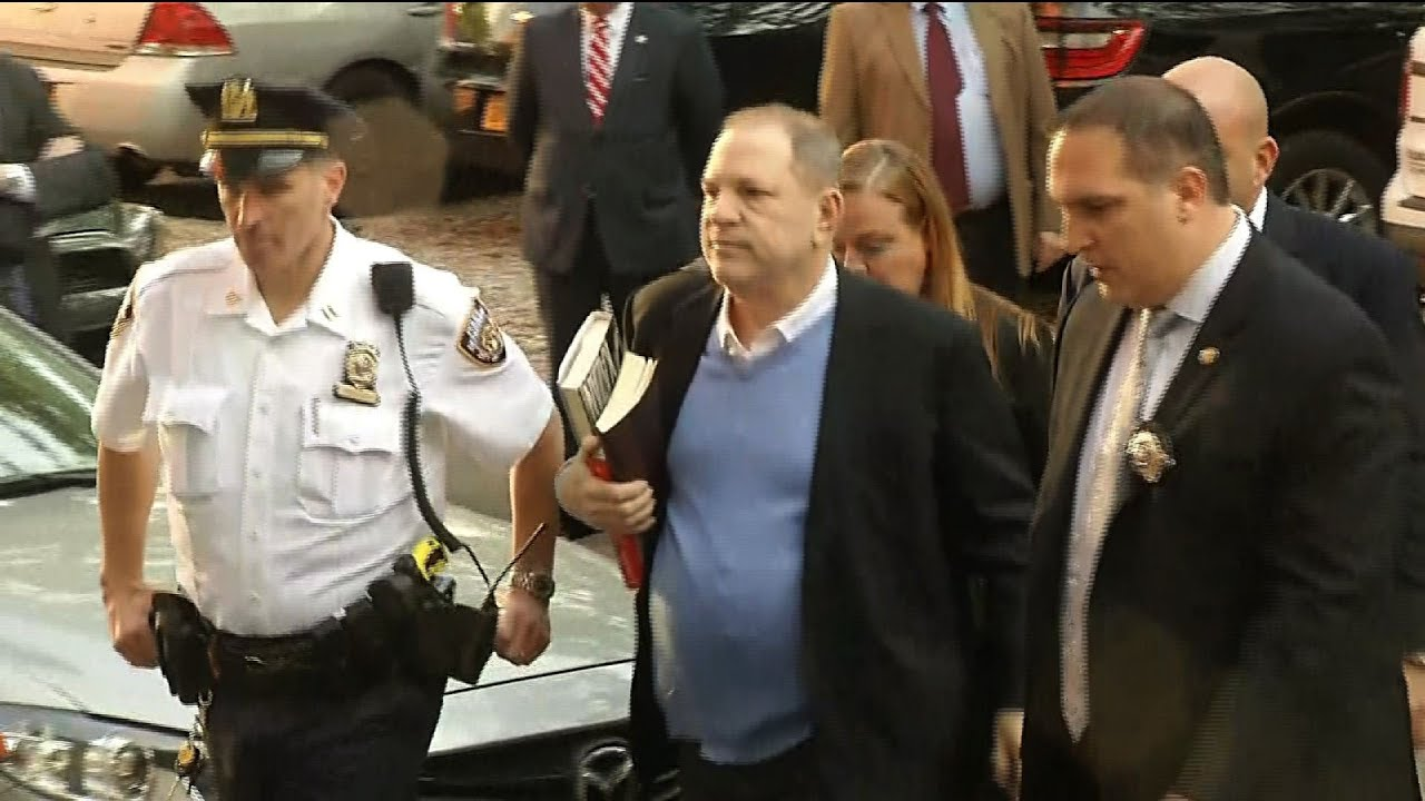 raw-harvey-weinstein-arrives-at-nypd-station