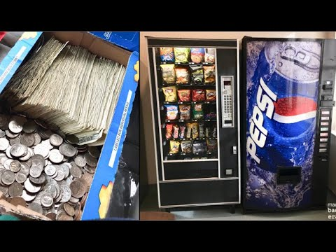 PULLING CASH OUT OF MY VENDING MACHINE BUSINESS Ep  3 (HOW MUCH MONEY DO  CANDY MACHINES MAKE?!)