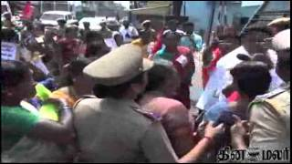 AITUC Union Women's on Lock to Chennai Egmore Tasmac Shop(AITUC Union Women's on Lock to Chennai Egmore Tasmac Shop - Dinamalar May 5th 2015 Tamil Video News., 2015-05-06T07:17:28.000Z)