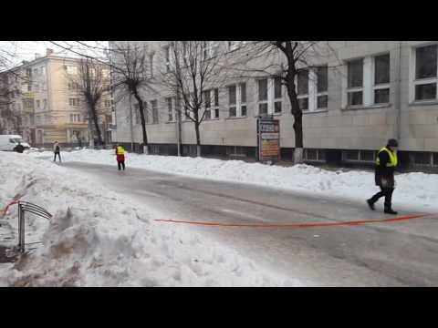 Бесплатный ледовый каток на Михайловской в Житомире