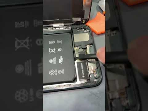 Satisfying 11 Pro Max Battery Replacement #shorts #iphonerepair