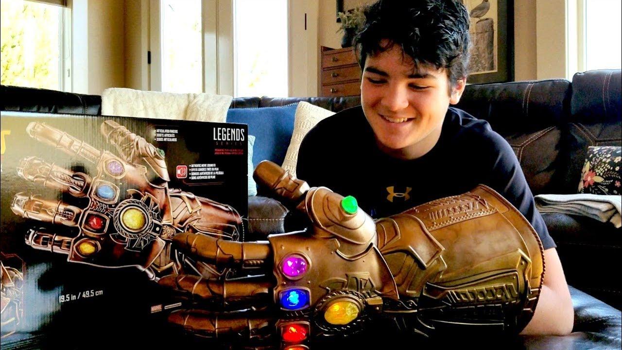 Hasbro Marvel Legends Series Infinity Gauntlet articulé électronique Fist