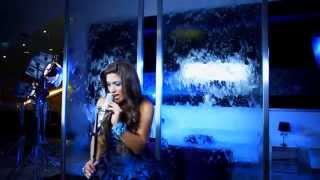 Mia Mont - Buscándote (Video Oficial)