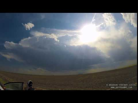 Time Lapse of Convection in the Midwest on Storm Chase 2016