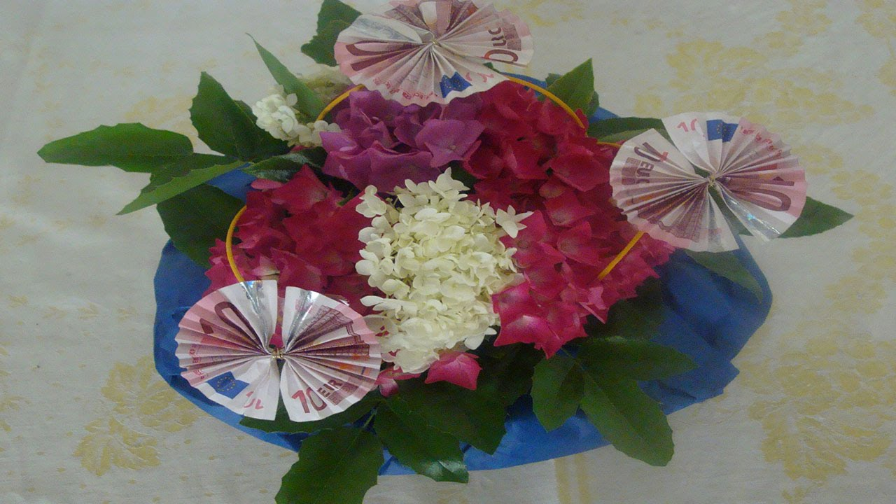 Geldgeschenk zum Geburtstag mit Blumen Deko Ideen mit