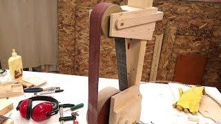 Belt grinder build 1/2: Wheels, frame and belt tracking