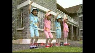 [快乐宝贝] I'M A LITTLE TEAPOT + MY LITTLE AEROPLANE + RAIN RAIN GO AWAY -- 彩虹世界 中英童谣 Vol.2(Official MV)