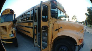 PARANORMAL VLOG- HAUNTED SCHOOL BUS