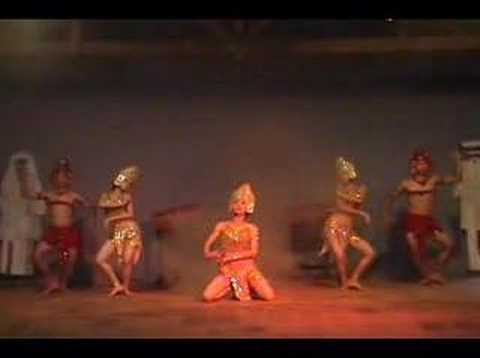 Apsara dance in Mỹ Sơn (Việt Nam)