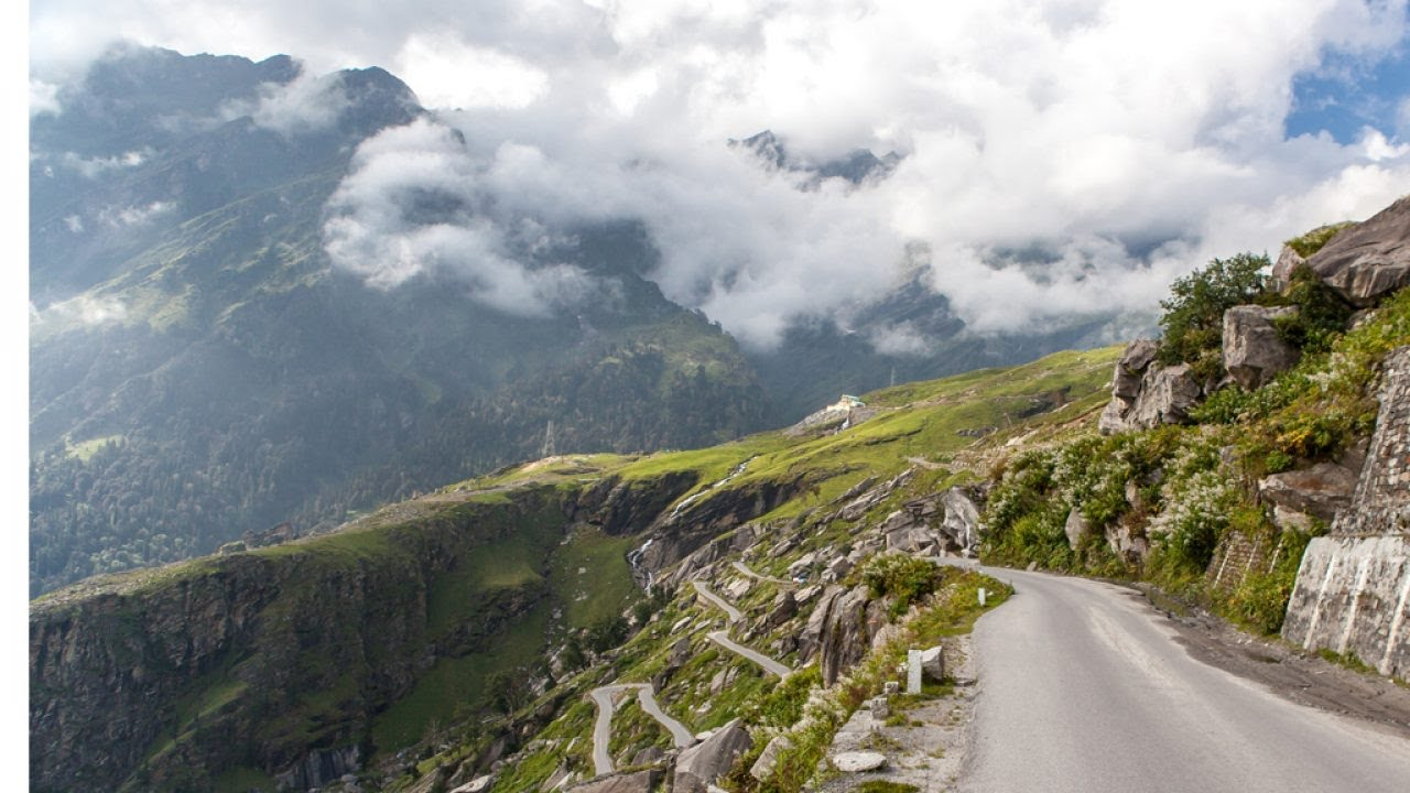 Off Road Trip to Prashar Temple Lake in Mandi, Himachal Most Beautiful Temple