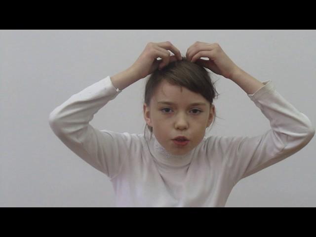 Изображение предпросмотра прочтения – ЮлияГречаник читает произведение «Мартышка и очки» И.А.Крылова