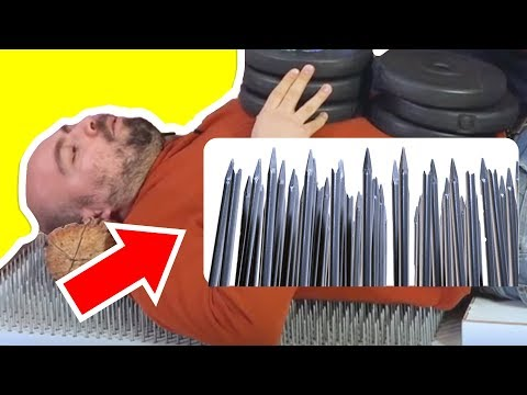 Çivili Yatakta Güç Denemesi  - Üzerine 100 Kilo Ağırlık Koy!