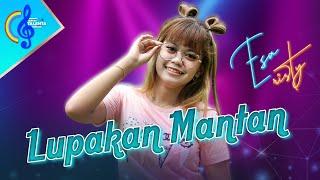 Lupakan Mantan - Esa Risty (Official Music Video) | Live Akustik