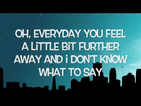 5 Seconds Of Summer - Close As Strangers (Lyrics)
