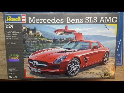 Revell Mercedes SLS AMG Model Kit 1:24 Scale 67100