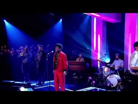 Charles Bradley feat. The Menahan Street Band - Stritcly Reserved For You (Jools Holland S42E01)