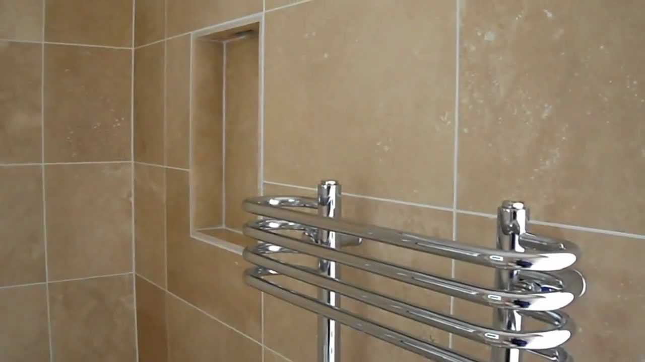 Passionare about tiling small en suite travertine wet for Small ensuite wet room ideas