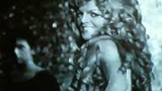 Violetta Villas Strangers in the night