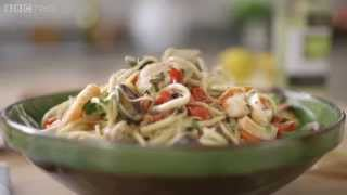 Seafood Linguine recipe - Mary Berry