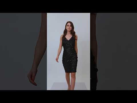 Video: Ołówkowa sukienka z cekinami