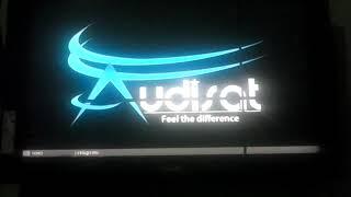 LED AZUL AUDISAT A3 TRAVADO: RESOLVIDO
