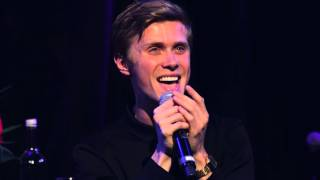 Download lagu Rob Houchen sings 'Anything Worth Holding on To' at the Hippodrome on September 14th, 2015