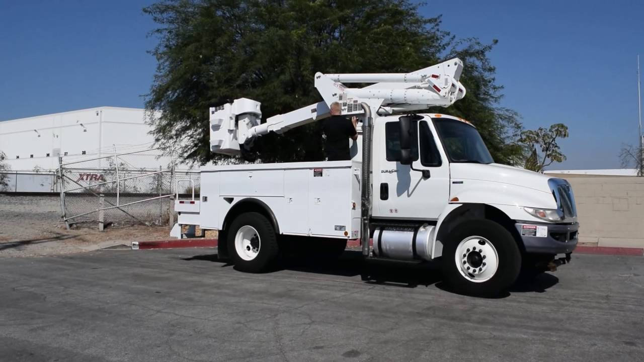2011 international 4300 altec ta40 45 39 bucket truck youtube. Black Bedroom Furniture Sets. Home Design Ideas