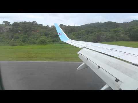 Landing at Roatan airport, Honduras (2014.12.01) HD 1920x1080