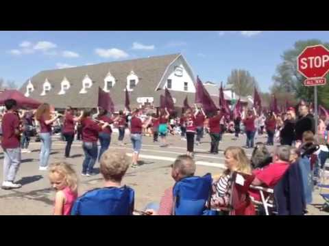 Oskaloosa Middle School Marching Band - Tulip Time Parade #2