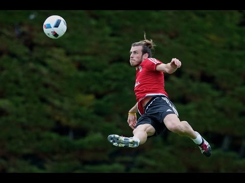 Gareth Bale scores amazing volley in training