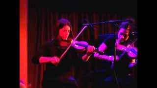 SIOBHAN PEOPLES,WINIFRED HORAN,MIKE McCAGUE- ROISIN DUBH,GALWAY 22.10.06.