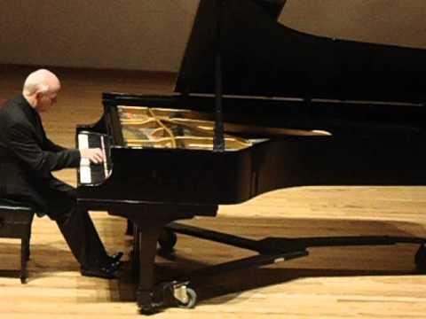 Ricardo Castro-Mazurka Melancólica. Federico Osorio, piano.