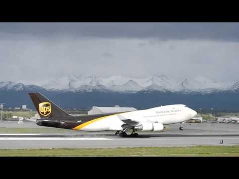 UPS Boeing 747-400F Landing Anchorage Int'l (PANC)