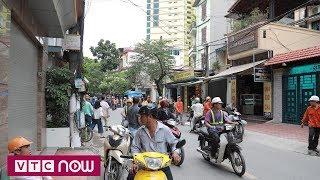 Dân Hà Nội bàng hoàng kể lại giây phút động đất | VTC Now