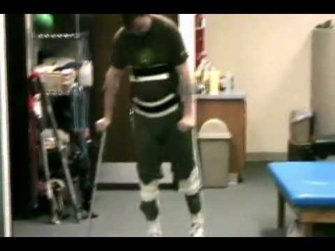 Caminar con aparato RGO px con paralisisflv  YouTube