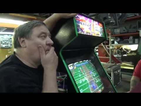 #762 Bally Midway NFL BLITZ / NBA SHOWTIME Combo Arcade Video Game! TNT Amusements