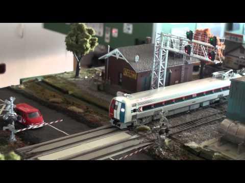 HO Walther Proto Amtrak Metroliner Budd set