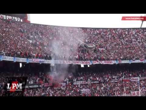 Yo quiero mi cajón pintado rojo y blanco... - vs Independiente - Torneo Final 2013