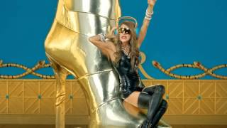 Anna Dello Russo at H&M - Fashion Shower