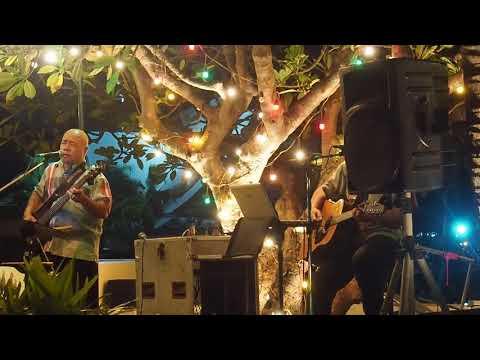 Band at Bali Hai by the Sea, Siam Bay Shore Resort Pattaya