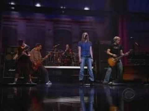Avril Lavigne  Losing Grip  David Letterman 2003