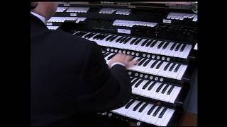 Frederick Hohman plays Tchaikovsky at Spreckels Pavillion