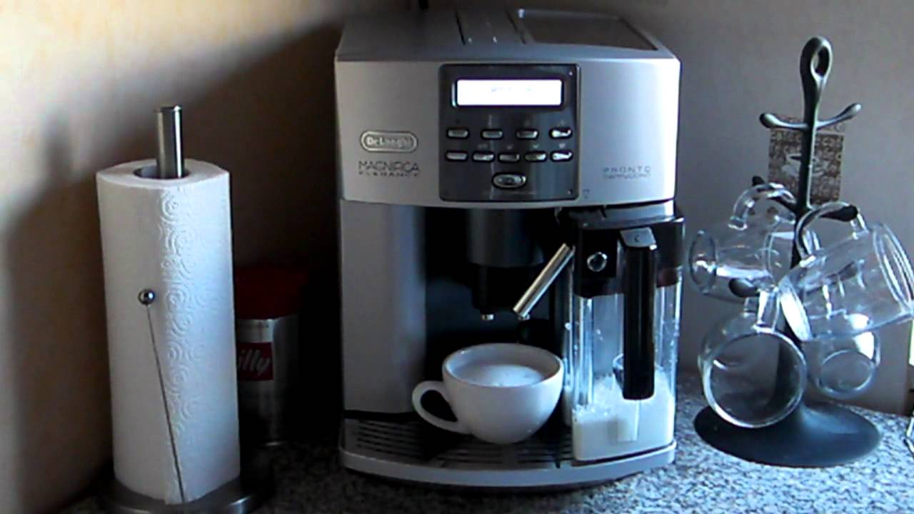 delonghi esam 3600 3500 pronto cappuccino test video cappuccino youtube. Black Bedroom Furniture Sets. Home Design Ideas
