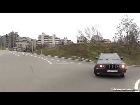 Drift de fou en pleine ville avec une Bmw m5