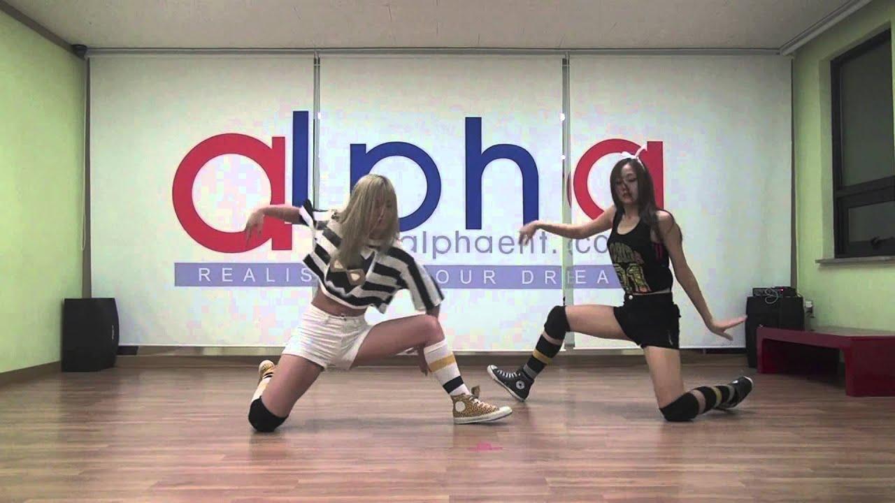 SKARF (스카프) SHOW EP 1 - Tasha and Ferlyn Dance Performance (타샤&페린 댄스 퍼포먼스)