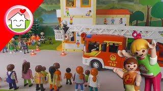 Playmobil Feuerwehr - Hauptprobe im Kindergarten - Familie Hauser - Kinder Spielzeug Film